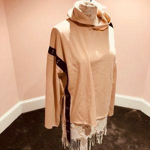 Zara chain top- sweatshirt